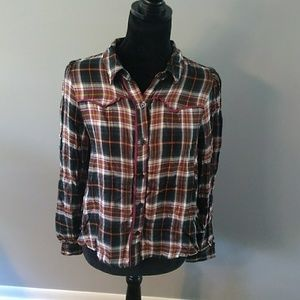 NwT Plaid, cowboy look, lightweight Wild Fable top